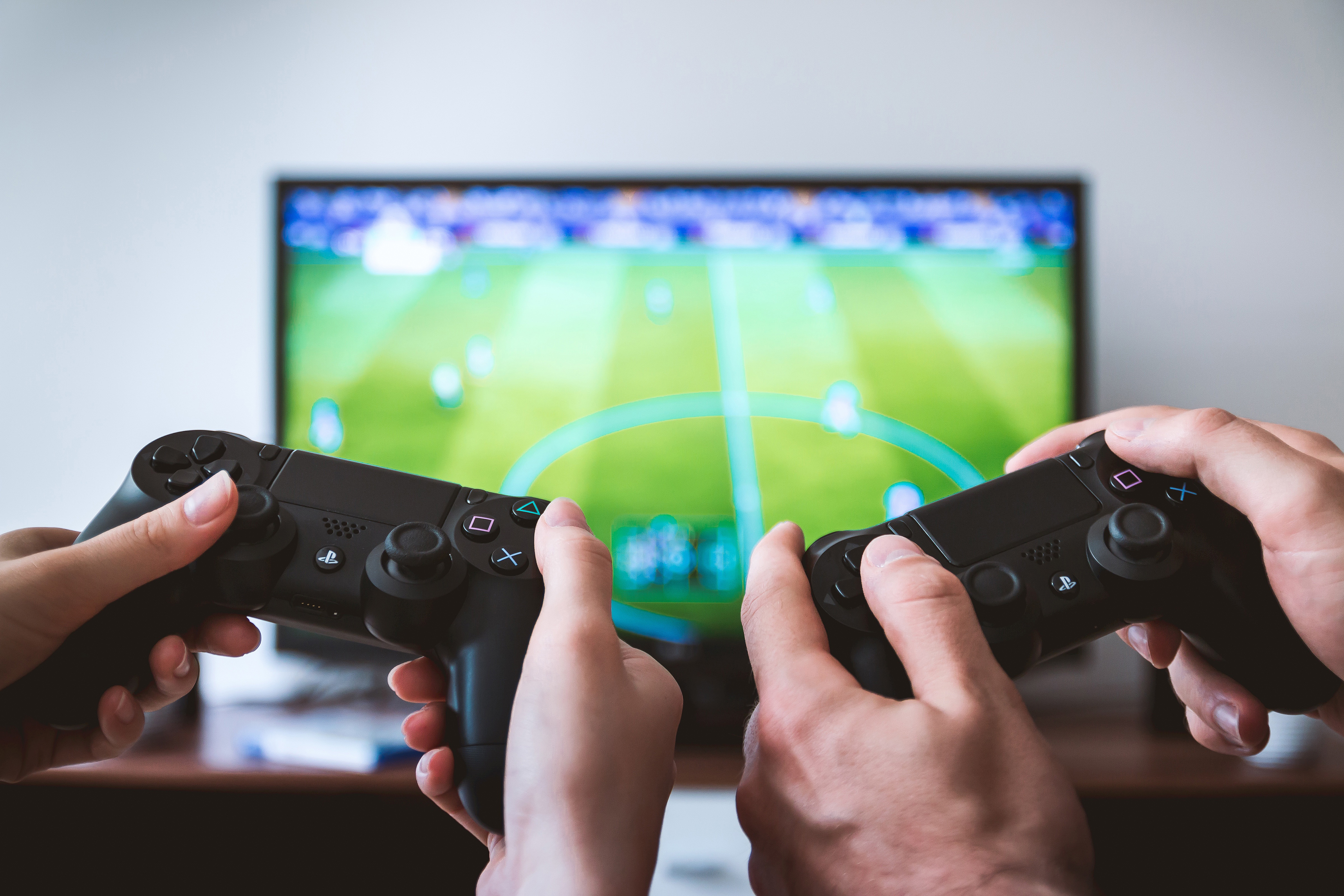 A Parents Guide to Online Gaming - Ditch the Label